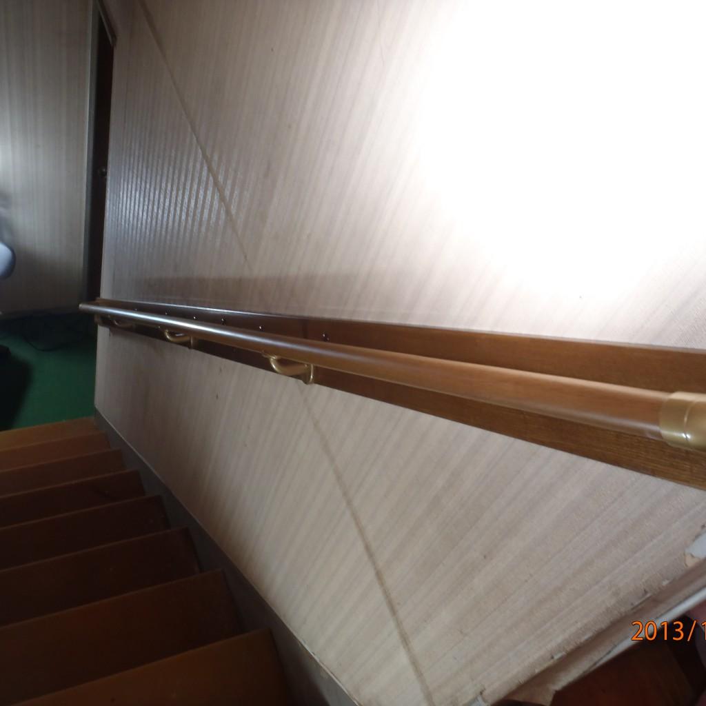 階段の手すりの取り付け